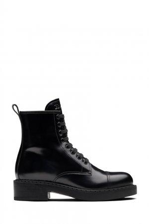Черные лакированные ботинки Prada. Цвет: черный