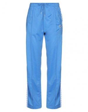 Повседневные брюки ARENA. Цвет: синий