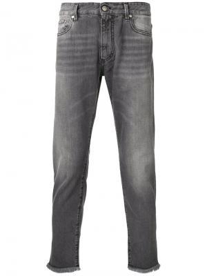 Зауженные джинсы с бахромой Represent