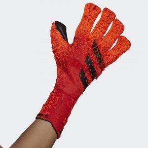 Вратарские перчатки Predator Pro Performance adidas. Цвет: красный