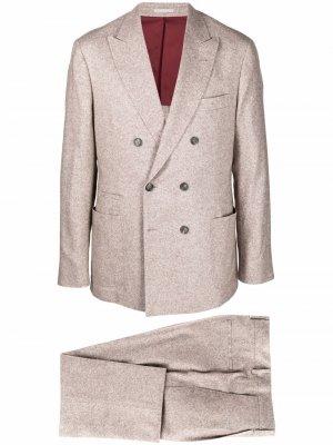 Костюм узкого кроя с двубортным пиджаком Brunello Cucinelli. Цвет: коричневый