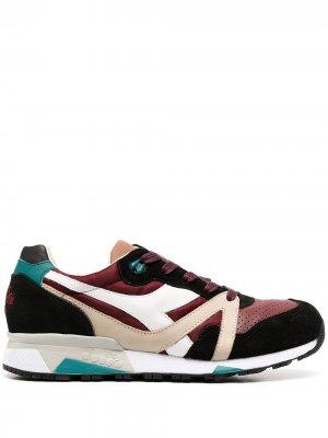 Кроссовки в стиле колор-блок Diadora. Цвет: красный