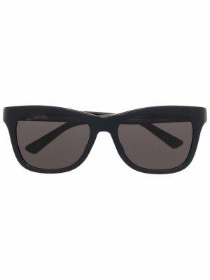 Солнцезащитные очки Side в D-образной оправе Balenciaga Eyewear. Цвет: черный