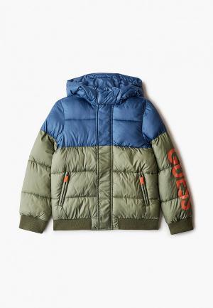 Куртка утепленная Guess. Цвет: хаки