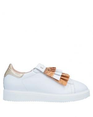 Низкие кеды и кроссовки ALVIERO MARTINI 1a CLASSE. Цвет: белый