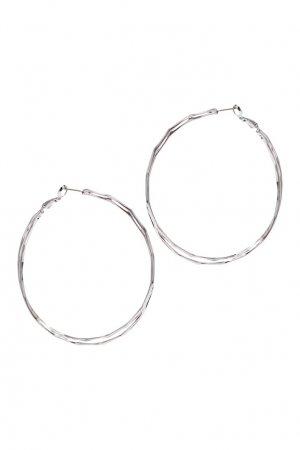 Граненые серебристые серьги-кольца Aqua. Цвет: серебряный