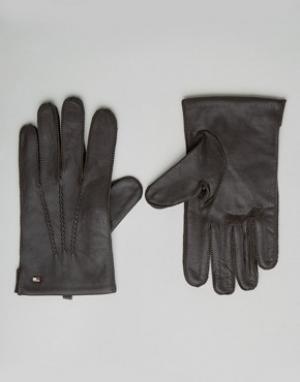 Кожаные перчатки Tommy Hilfiger. Цвет: коричневый