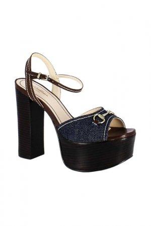 Босоножки Just Couture. Цвет: джинс, коричневый