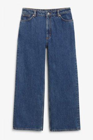 Укороченные джинсы Yoko Monki. Цвет: синий