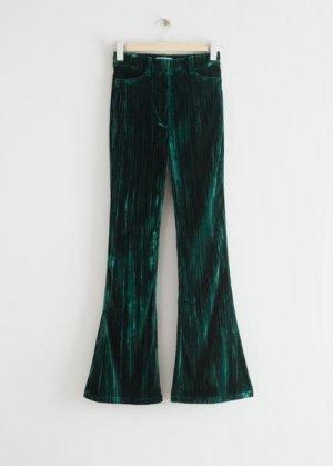Расклешенные бархатные брюки &Other Stories. Цвет: зеленый