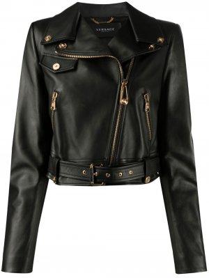 Укороченная байкерская куртка на молнии Versace. Цвет: черный