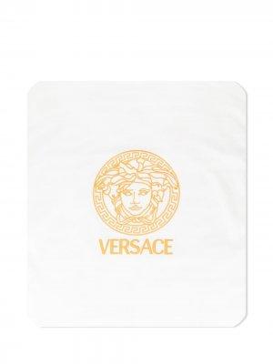 Двустороннее одеяло с принтом Medusa Young Versace. Цвет: белый