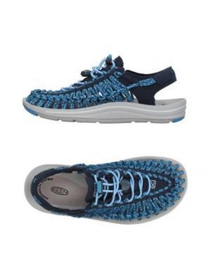 Низкие кеды и кроссовки KEEN. Цвет: грифельно-синий