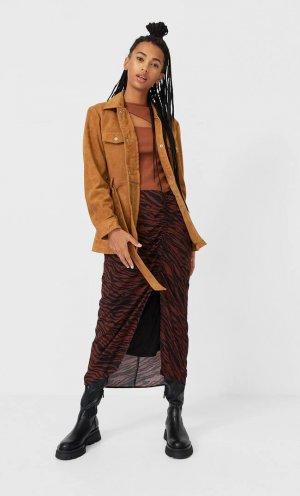 Кожаная Куртка Рубашечного Кроя С Поясом Цвет Светлой Верблюжьей Шерсти M Stradivarius. Цвет: цвет светлой верблюжьей шерсти