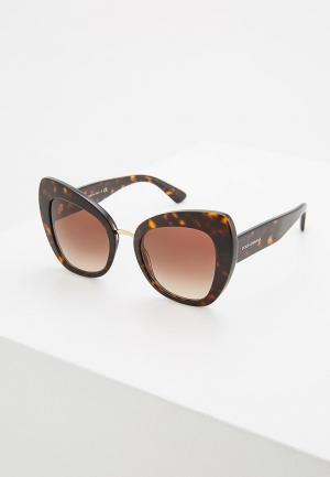 Очки солнцезащитные Dolce&Gabbana DG4319 502/13. Цвет: коричневый