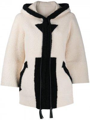 Hooded shearling jacket Blancha. Цвет: белый