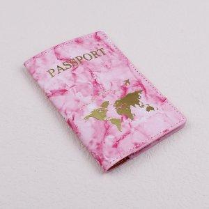 Обложка для паспорта с принтом тай-дай и текстовым SHEIN. Цвет: розовые