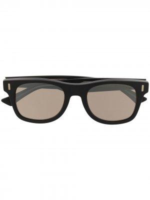 Солнцезащитные очки в D-образной оправе Cutler & Gross. Цвет: черный