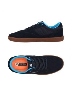 Низкие кеды и кроссовки DVS SHOE COMPANY. Цвет: темно-синий