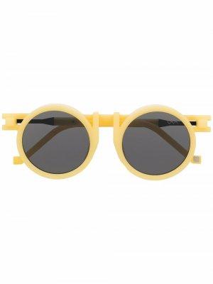 Солнцезащитные очки в круглой оправе из коллаборации с Kengo Kuma VAVA Eyewear. Цвет: желтый