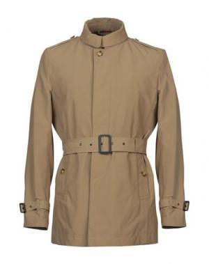Легкое пальто BARACUTA. Цвет: хаки