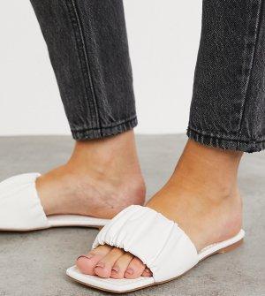 Белые шлепанцы с присборенным верхом -Белый Glamorous Wide Fit