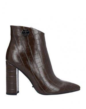 Полусапоги и высокие ботинки GAI MATTIOLO. Цвет: коричневый
