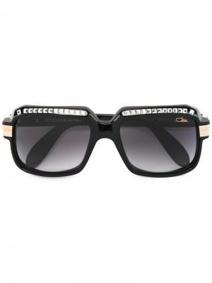 Солнцезащитные очки с массивной оправой Cazal. Цвет: черный