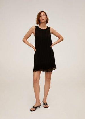 Короткое платье с плиссировкой - Mauro2 Mango. Цвет: черный