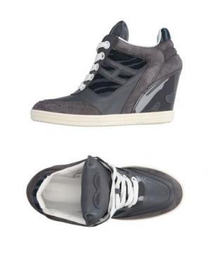 Низкие кеды и кроссовки KATIE GRAND LOVES HOGAN. Цвет: серый