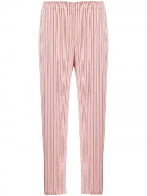 Укороченные брюки со складками Pleats Please Issey Miyake. Цвет: розовый