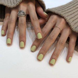 Однотонные накладные ногти 24шт SHEIN. Цвет: зелёные