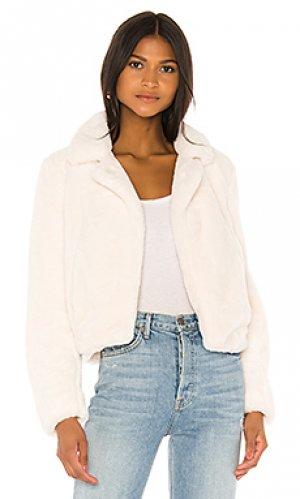 Куртка из искусственного меха cream BLANKNYC. Цвет: белый
