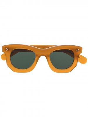 Солнцезащитные очки в квадратной оправе Lesca. Цвет: коричневый