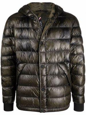 Feather down-padded jacket Moncler Grenoble. Цвет: зеленый