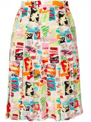 Плиссированная юбка 1997-го года с абстрактным принтом Chanel Pre-Owned. Цвет: разноцветный