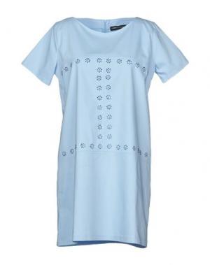 Короткое платье LORELLA SIGNORINO. Цвет: небесно-голубой