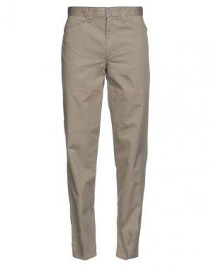 Повседневные брюки DOCKERS KHAKIS. Цвет: бежевый