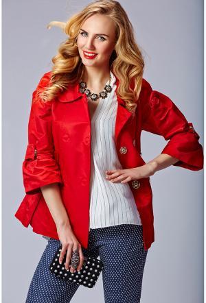 Красная женская ветровка Foce. Цвет: красный