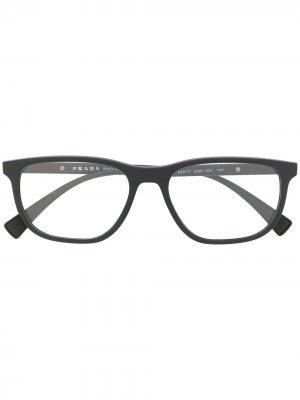 Очки VPS05L в квадратной оправе Prada Eyewear. Цвет: черный