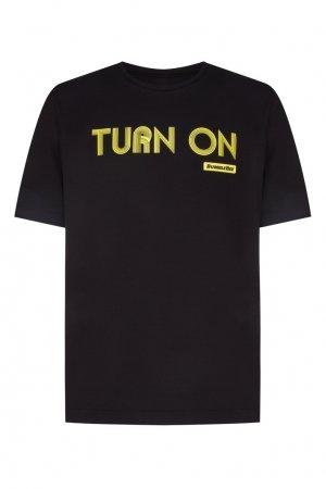Черная футболка с принтом Chapurin. Цвет: черный