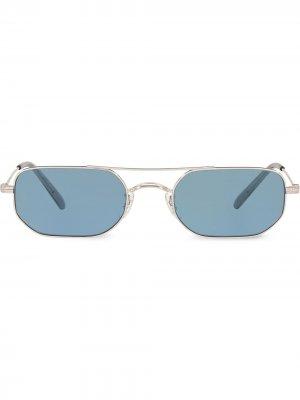 Солнцезащитные очки в квадратной оправе Oliver Peoples. Цвет: серебристый