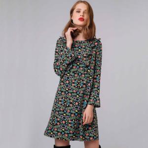 Платье короткое с цветочным принтом и воланами COMPANIA FANTASTICA. Цвет: черный наб. рисунок