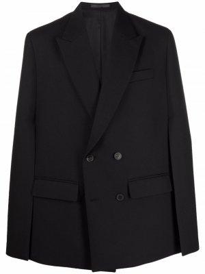 Пиджак с разрезами на рукавах Valentino. Цвет: черный