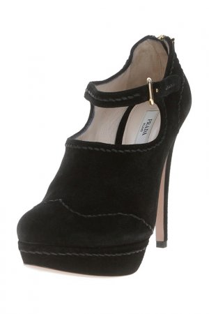 Туфли Prada. Цвет: черный