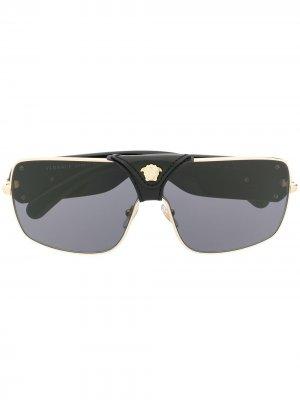 Солнцезащитные очки Baroque в квадратной оправе Versace Eyewear. Цвет: черный