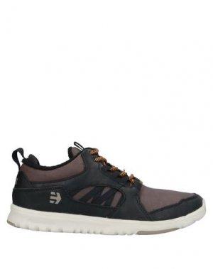 Низкие кеды и кроссовки ETNIES. Цвет: темно-коричневый