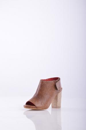 Ботинки JEFFREY CAMPBELL. Цвет: коричневый