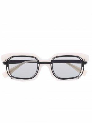 Солнцезащитные очки H91 в квадратной оправе Kuboraum. Цвет: белый