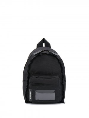 Рюкзак на одно плечо с карманами Acne Studios. Цвет: черный